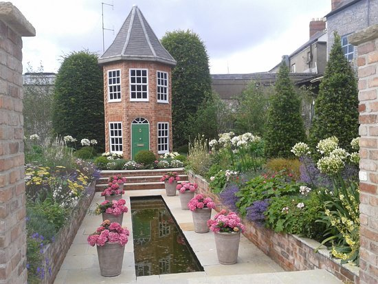 Dundrum Garden